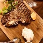 コンクラーベ - 料理写真:Tボーンステーキ