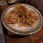 はかた野菜巻き串 きばくもん - 蓮根チップス、塩味がバツグン!