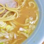 79585372 - バランスのいい豚骨スープ。