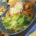九州炉端 弁慶 - 【焼き物】豚バラ肉と玉ねぎのバター醤油焼き(2018.01.17)