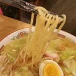 多賀屋食堂 - 美味しい麺