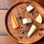 チーズ盛り合わせ 5種