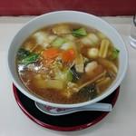 鵬龍 - 広東麺 780円