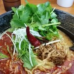 担々麺 蜀香 - 超激辛担々麺。スープの表面が紅担々麺、担々麺と全く違います。(笑)