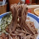 79593211 - 肉盛りつけ蕎麦・大盛(880円)
