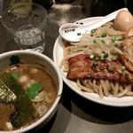 麺屋武蔵 巖虎 - 巌虎濃厚つけ麺『350g』炙りチャーシュートッピング 2018年1月14日