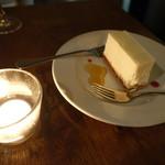 79596122 - レアチーズケーキ