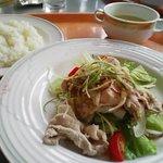 796309 - 松山「ルミエール」Aランチ(税込み840円)…あっさり系。私はこれを食べました。