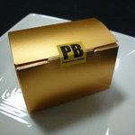 ラ・ピエール・ブランシュ - ☆こんなお箱に入っていましたぁ☆