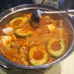 マドッシュカフェ - アボチーズスンドゥブ鍋(煮後)