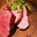 肉ビストロ灯 -