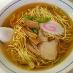 中華タカノ - ラーメン (350円)+大盛り (100円)