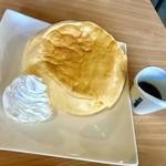 トライアングルカフェ - パンケーキ480円…2枚あります
