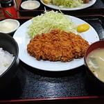 あげもんや - 料理写真:とんかつ定食     ¥860