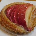 穂の香 - 紅玉とクリームチーズのペストリー