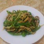 東方美食 - 青椒肉絲 680円