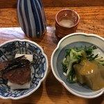 いな舟 - 料理写真:お通し/長芋鱈の子醤油漬け、あさつきエゴ酢みそ