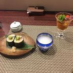まどあかり - よこわたくあん菜の花 巻き寿司