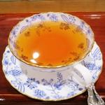 紅茶浪漫館シマ乃 - ダージリンティー680円
