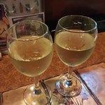 サイゴン・レストラン - ベトナムワインの白。う〜ん……('18/01/19)