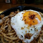 鉄板焼き コジロー - 麺はコシが強い