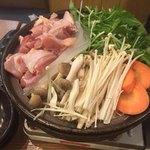 神鶏 - 鍋調理前