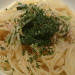 イタリアン&ワイン バル ビアージョ 新宿 - ツナとほうれん草のアーリオオーリオ