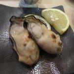 すし義 - 蒸し牡蠣(2人前)