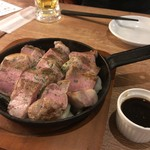 魚とワイン はなたれ onikai - 赤豚DDX