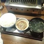 79651794 - ライス&タレ&スープ  タレは普通に美味い!