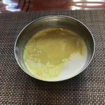 ビスターレ ビスターレ - 豆スープ