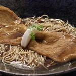 79655239 - 老舗豆腐屋の大判きつね揚げ蕎麦(温)、税込1,404円