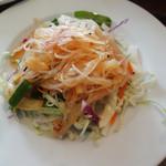オリエンタルテーブル アマ - セットのサラダ。