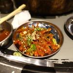 立喰☆焼肉 瑞園 - ニンニクの茎キムチ