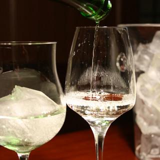 蔵元直送の日本酒と日本酒カクテル