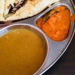 New Delhi Spice - 豆カレー(左)と野菜カレー(右)