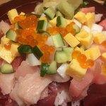 魚寅鮨 - ばらちらし