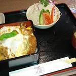 とんかつ雅 - 料理写真:ロースかつ重1,230円
