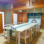 お寺んち 茶茶 - テーブル席2組(最大10名)