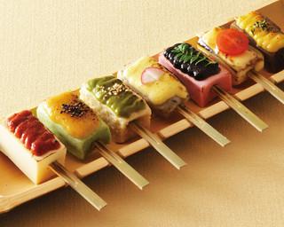 矗々家 - 【生麩と豆富と蒟蒻の七味七彩田楽】一度に七つの味をお楽しみいただけます