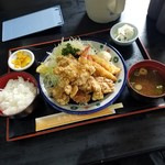 きらく亭 - 「からあげ定食 (880円)」