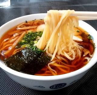 まごころ - まごころ@藤枝 温かいらーめんの麺