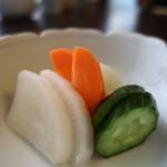 とんQ - 大根、胡瓜、人参、白菜のぬか漬け