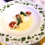 レストランヴィトラナゴヤ - オマール海老とのど黒 九条ネギ、白菜、京生麩、セミドライトマト、柚子風味ソース