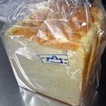 79679796 - 高級食パン1斤292円