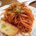 モントレー - 料理写真:ナポリタンソーススパゲティの大盛り
