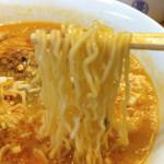 中華 つくし - タンタンメン(麺)