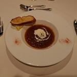 ガスライト - 二品目 オニオンスープ! まろやかで美味しかった♪