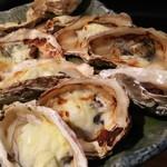 牡蠣屋うらら - 焼き牡蠣(グラタン・みそ)