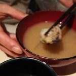 牡蠣屋うらら - 牡蠣の味噌汁